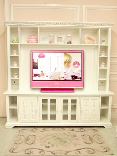 peaceful in pink fashion fanatic. Black Bedroom Furniture Sets. Home Design Ideas